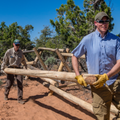 Volunteers complete 1200′ of fencing at Cedar Mesa Great House site